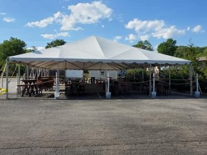 outdoor dining tent (casual dining)
